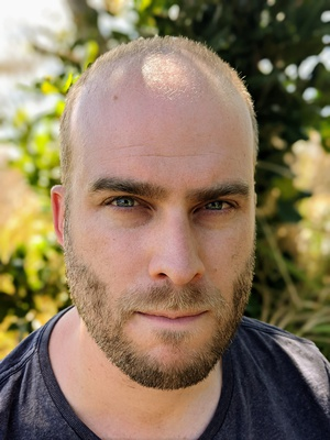 Dr Zach Jones