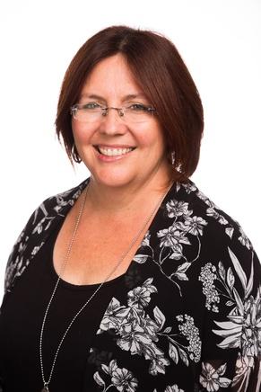 Profile photo for Leeanne Cameron