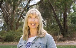 Profile photo for Donna Kipps